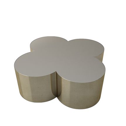 This FLOWER POWER coffee table boldly flaunts its charming four-leaf clover motif in its whole form, bringing a youthful, fun-loving twist to this classic, luxury shape. With its bold yet simple lines, this fabulous coffee table is at once playful, straightforward and functional. #flowerpower #handmade #coffeetable #ottoman #silver #interiors #decor #Alhambra #highend #luxury #design #clover #gothic #MARIIANIQ #patina