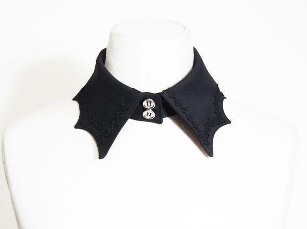 蝙蝠蔓の付け襟 - Antique beasT