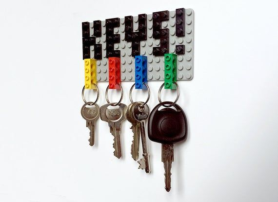 Hang And Carry Your Keys In Style With This Nifty Lego Key Holder Key Ring Set Have A Bunch Of Keys To Take With You No Pr In 2020 Lego