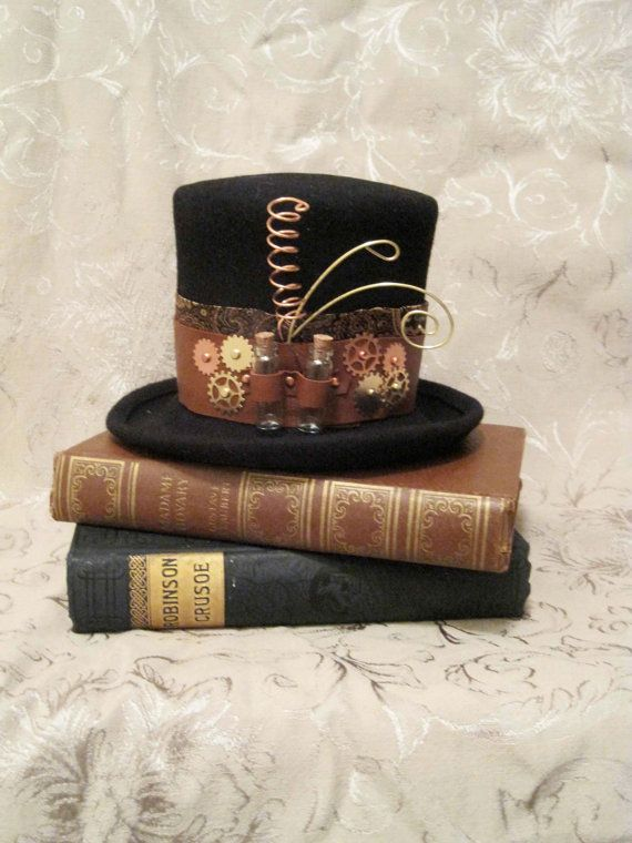 Wedding decor or for guests to wear? For bridesmaids? My sister makes these -  HALLOWEEN SALE Mini top hat Florence steampunk by tanya2s on Etsy, $55.00