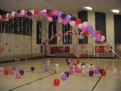 Use helium tank to fill balloons. Tie the strings onto the balloons. After all the balloons are inflated tie them to the desired rope. Release...