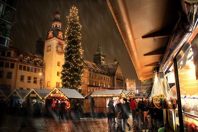 Chemnitzer Weihnachtsmarkt by gravitat-OFF, via Flickr