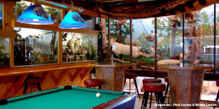 Wisconsin has character-filled dive bars that have excellent options for some humble Wisconsin drinking. Come on in & grab yourself a strong bourbon and coke!