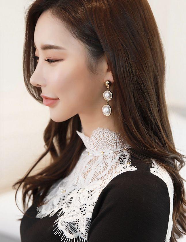 StyleOnme_Double Pearl Drop Earrings #luxury #pearl #earrings #elegant #koreanfashion #kstyle #kfashion #seoul