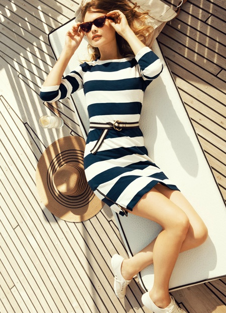 #Stripes. J.Crew  #Fashion #Nice #Beauty #FashionStripes  www.2dayslook.com