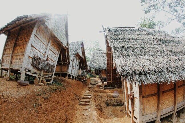 Lumbung Padi Suku Baduy