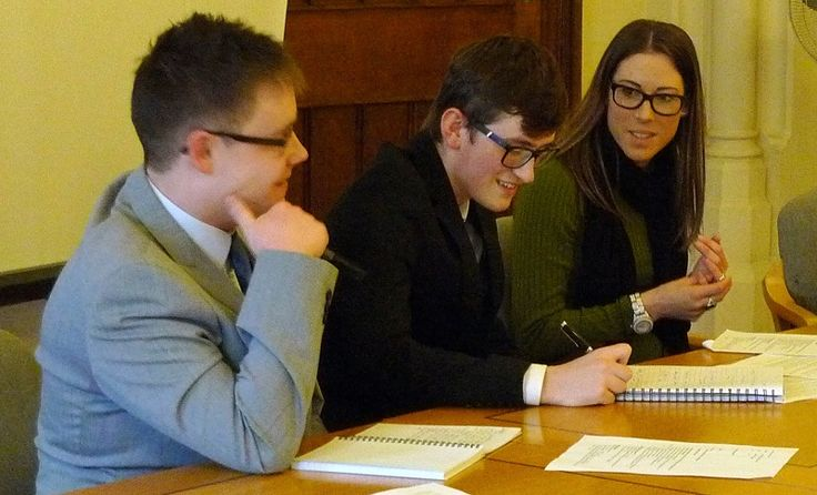 University of Cumbria students go to court to experience law in action http://www.cumbriacrack.com/wp-content/uploads/2016/11/University-of-Cumbria-students-go-to-court-to-experience-law-in-action-800x485.jpg If you are a newly qualified law graduate or lawyer taking on your first case, or a social worker being called to appear as an expert witness for the first time    http://www.cumbriacrack.com/2016/11/02/university-cumbria-students-go-court-experience-law-action/