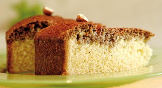 Vanillekuchen mit Haselnusskruste