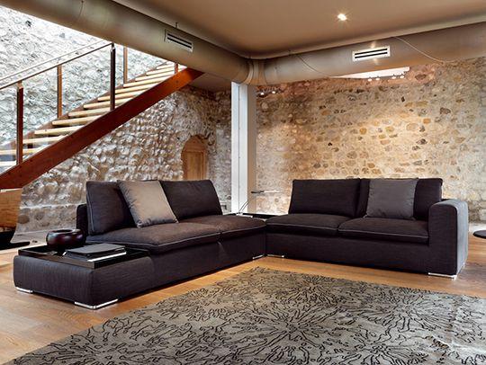 Ditre Italia: il Bonton è un divano nero! - http://blog.ditreitalia.com/2013/09/ditre-italia-il-bonton-e-un-divano-nero/