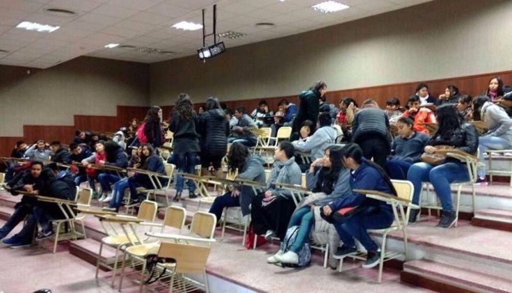 Violencia contra las mujeres: concientizan en la UNSa: Jóvenes estudiantes participan de acciones de sensibilización en materia de…