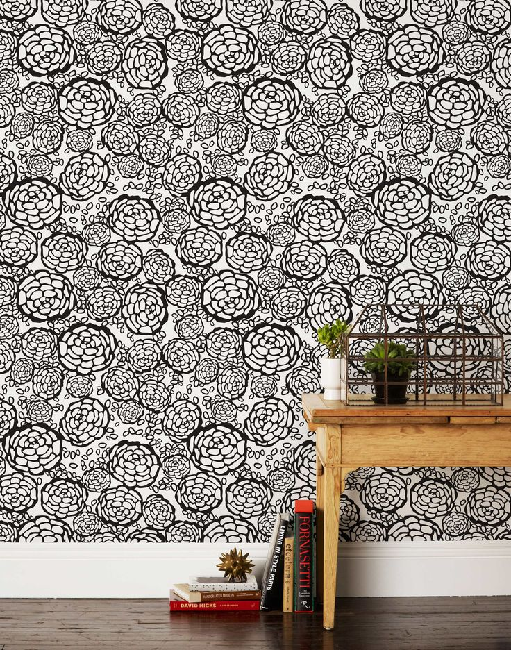 """Petal Pusher (Black) 