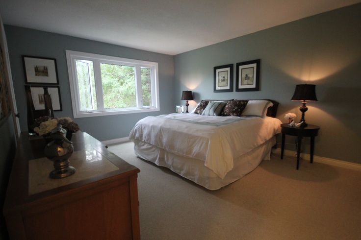 The walls were painted mount sainte anne cc710 to match for Bedroom colour matching
