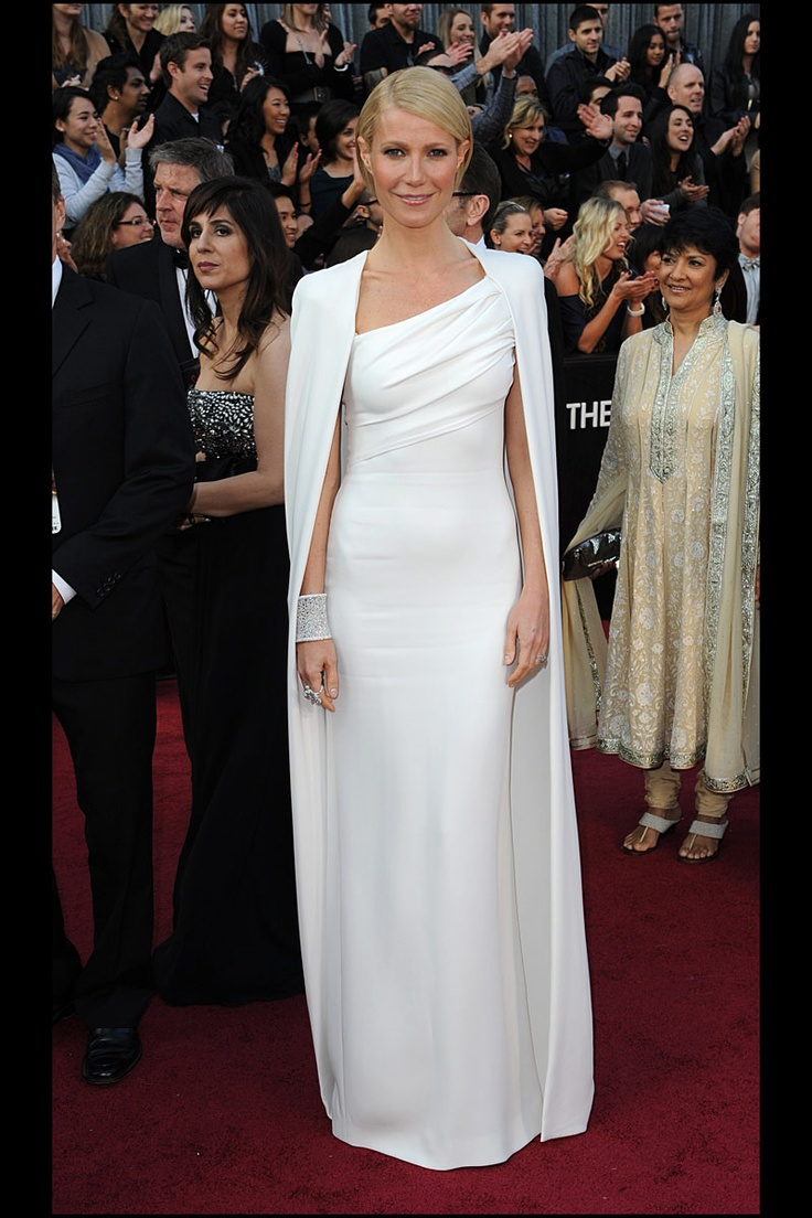 20 vestidos blancos de alfombra roja perfectos para pasar por el altar: gwyneth paltrow de tom ford en los oscar 2012