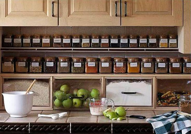 3 facili soluzioni per organizzare gli spazi in una piccola cucina