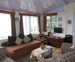 Marley Villa offers a bouquet of 8 room cottage with all the luxuries of a fine vacation. Visit: http://www.marleyvilla.com/best-hotels-shimla.html for more details