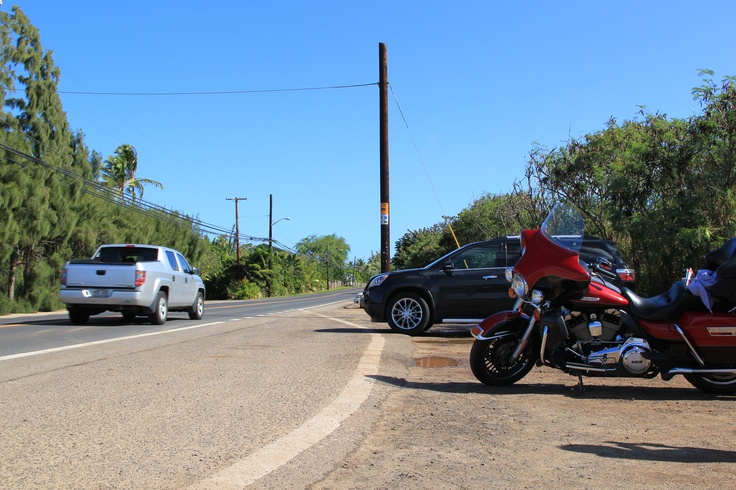 It's a rental Mortorcycle of Harey-Davidson. I drove it and drove around the Oahu island.