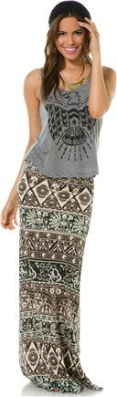 BILLABONG START SOMETHING MAXI SKIRT. Love the top and beanie too. Add a leather moto for a cute fall outfit!