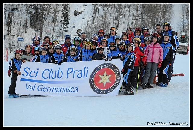 Sci Club Prali by  YariGhidone , via Flickr