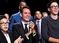 Marc Anthony y sus hijos con Dayanara Torres celebran premio en los Latin Grammys