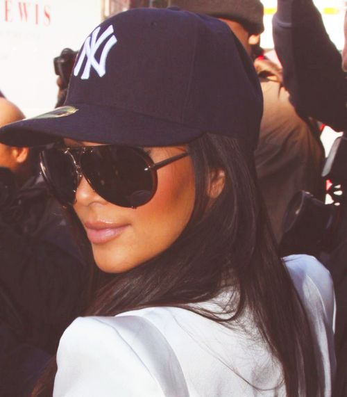 I love a good yankees hat, all day, every day. #kardashian