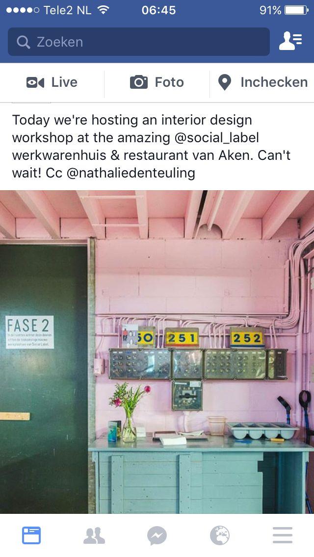 Roze muur plus plafond met groen. Restaurant van Aken, Den Bosch