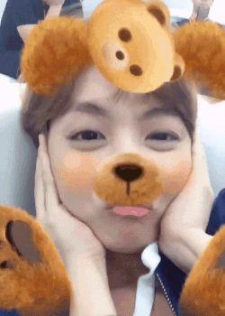 BTS~ J-Hope~Snow app cute~ 3.