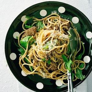 Recept - Spaghetti met biefstuk en rucola - Allerhande
