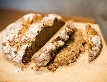 Come & spend the day baking bread with us: our #GF bread baking course runs in London on Sun 8 June http://www.glutenfreebaking.co.uk/go-to-courses/bread/