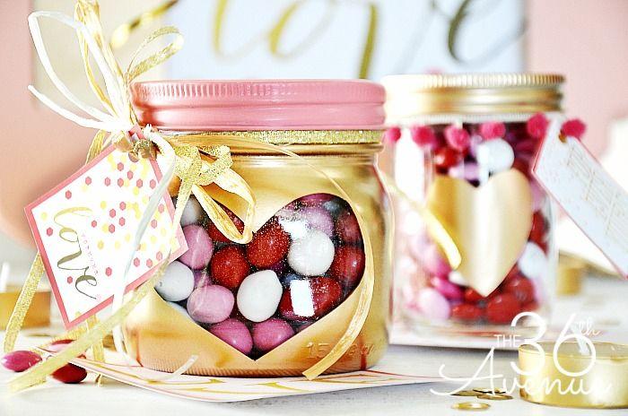 Contenitore per dolci e caramelle creato con un barattolo di vetro #mason #jar #sweet
