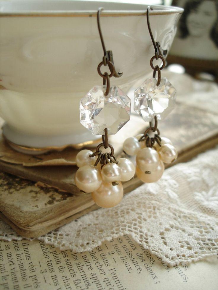 Pearl Cluster Earrings. Chandelier Crystal Earrings. Shabby Bohemian Glass Champagne Pearls. Vintage Assemblage Jewelry