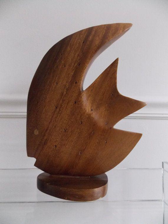 les 25 meilleures id es de la cat gorie sculpture bois sur pinterest art sculpture en bois. Black Bedroom Furniture Sets. Home Design Ideas
