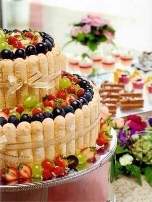 ミックスフルーツのウェディングケーキ