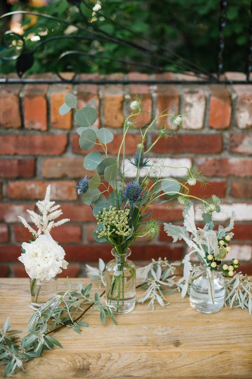 Get the look: Clear Bud Vases