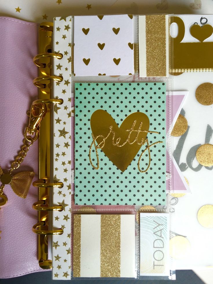 Mint & Gold Planner Filofax Dashboard, Page Marker, Divider (A5) for kikki.K, Kate Spade, Filofax or 6-Ring Agenda by papergoldmine on Etsy https://www.etsy.com/listing/233682016/mint-gold-planner-filofax-dashboard-page