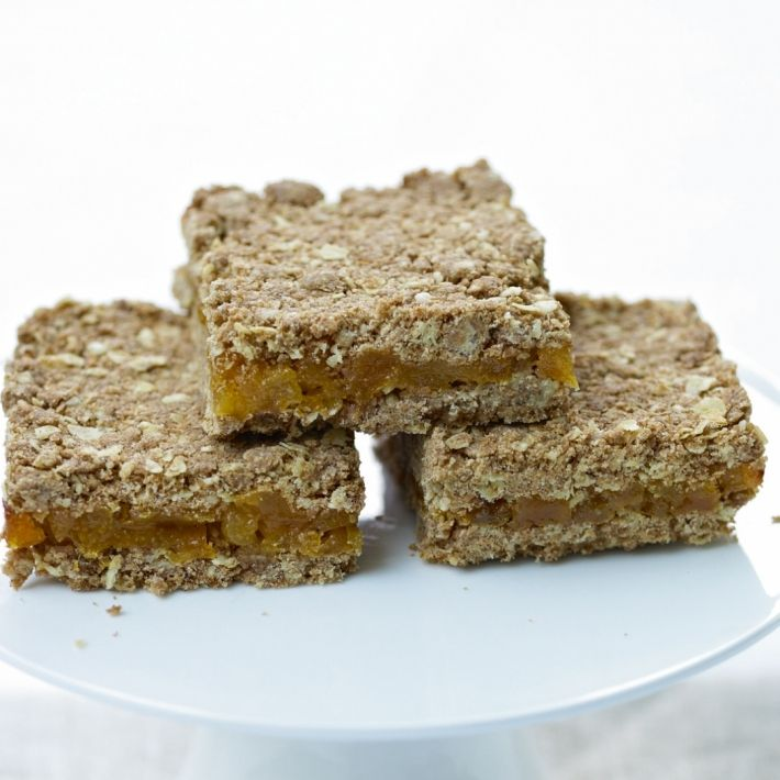Cakes apricot oat slices