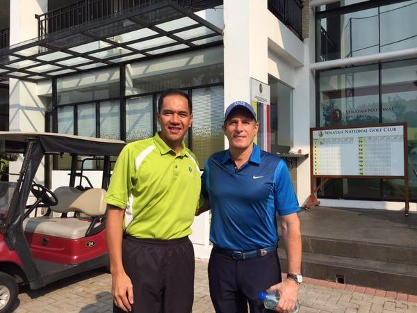 At Senayan National Golf Course, Jakarta, Indonesia, 2nd June, 2015 with Gita Wirjawan prior to show at The Kasablanka.