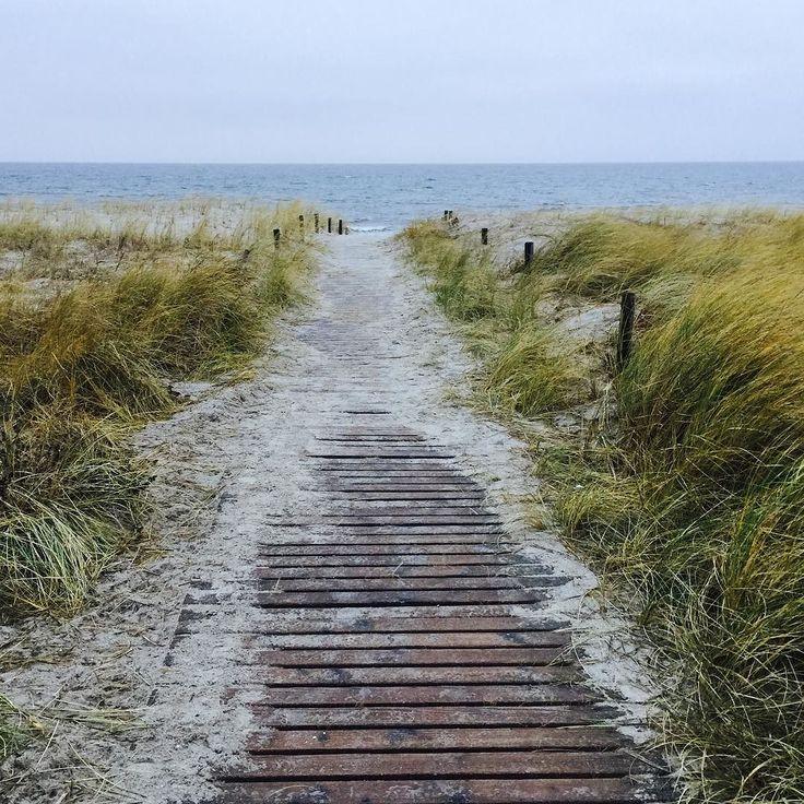 Am Strand Rerik #strand #endlichda #ostsee #traumhaftschön #sturm #beijedemwetterschön