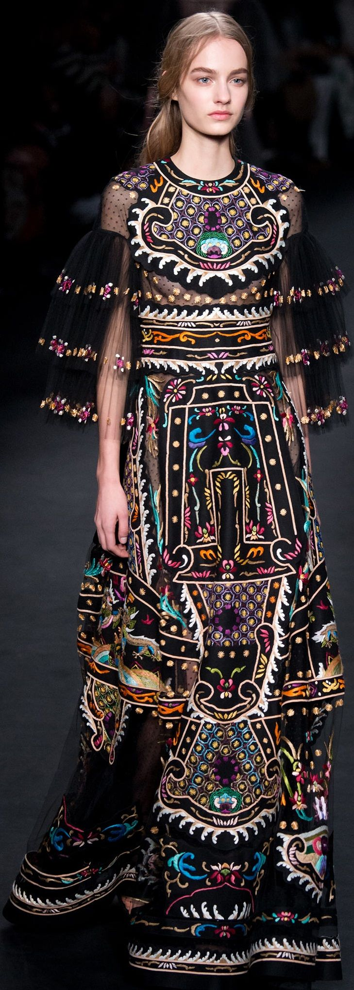 Valentino fall 2015 RTW                                                                                                                                                                                 More