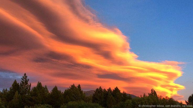 Nuvole che corrono sopra al Lago Tahoe, in Sierra Nevada. Le nuvole più curiose e spettacolari| CHRISTOPHER LEBOA, SAN LEANDRO, CA/NOAA