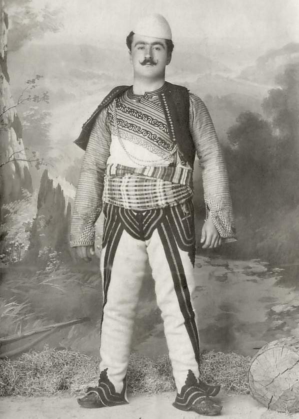 [Ottoman Empire] An Ottoman Albanian, 1900s (Bir Osmanlı Arnavutu, 1900'ler)