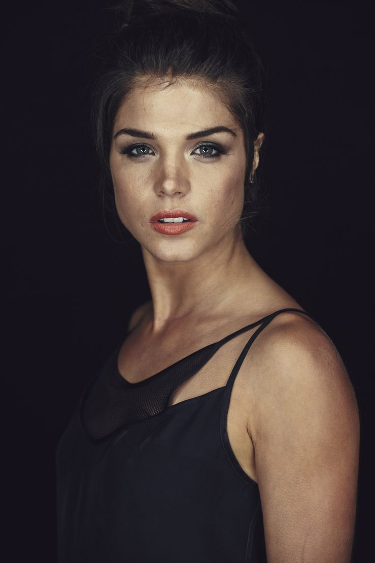 Picture of Marie Avgeropoulos