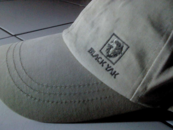 topi BLACK YAK