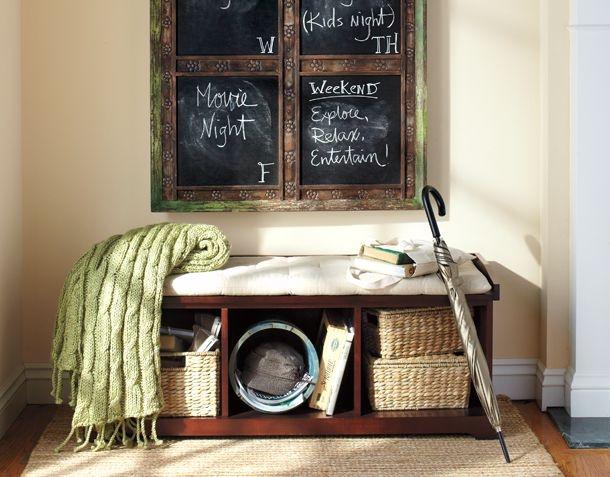 Cream walls, dark furniture, beautiful green, and natureal baskets....hmmmm...