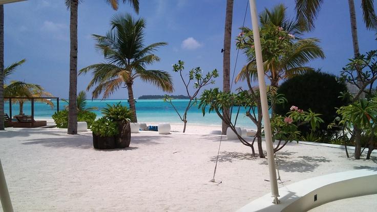 Holiday Inn Kandooma, Maldives