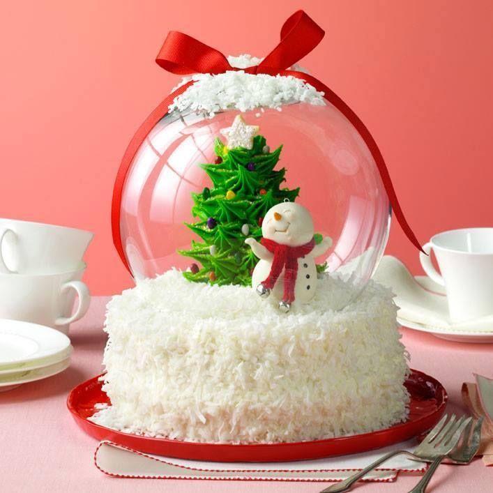 "deweydell25: "" Holiday Snow Globe Cake Great idea! """