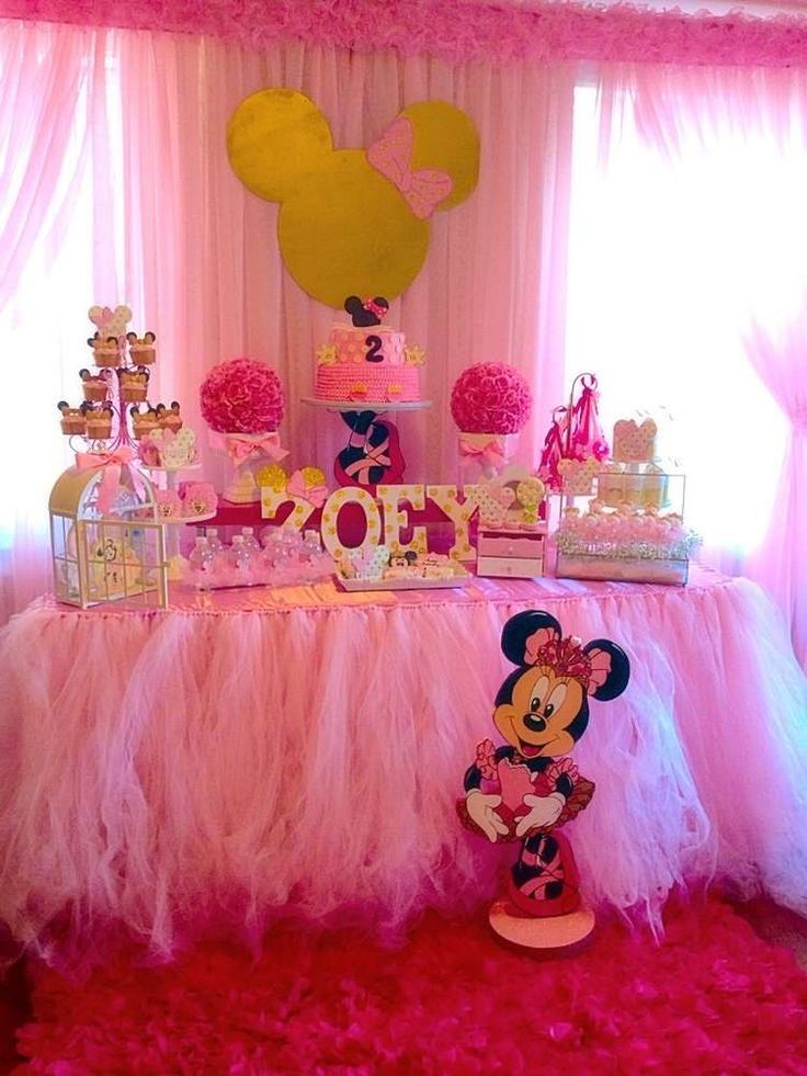 420 best mickey minnie birthday party ideas images on for Baby birthday decoration photos