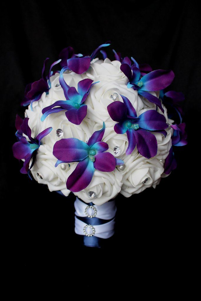 A New Dendrobium Orchid and Rose Brides Bouquet