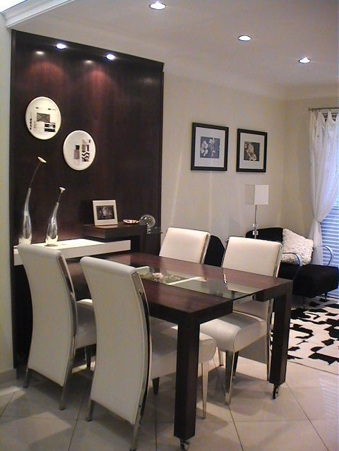 Mesas para Sala de Jantar com painel