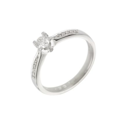 17 best Engagement rings images on Pinterest Engagement rings