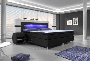 Boxspring Cylano is zeer compleet, heeft een moderne uitstraling en staat garant voor een comfortabele nachtrust. Dit model beschikt over een hoofdbord, box met stevige poten, pocketveringmatras en topdekmatras van memoryfoam. De gehele boxspring is bekleed met stevig, zwart kunstleer met een hoofdbord welke verlicht wordt door LED-verlichting. Deze is verkrijgbaar in de maten 140x200 / 160x200 / 180x200 cm.